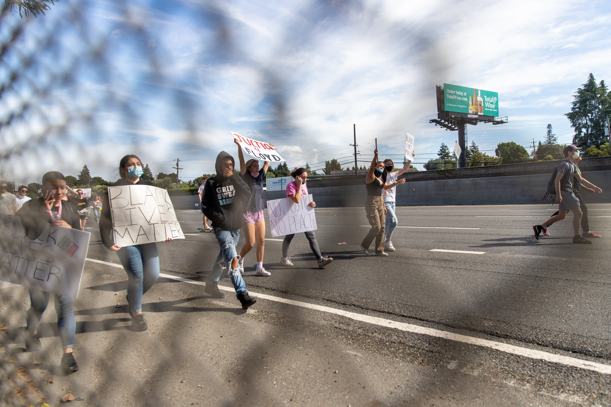 Protesters Block Highway Set Off Fireworks To Show Solidarity With Black Lives Matter News Mountain View Online