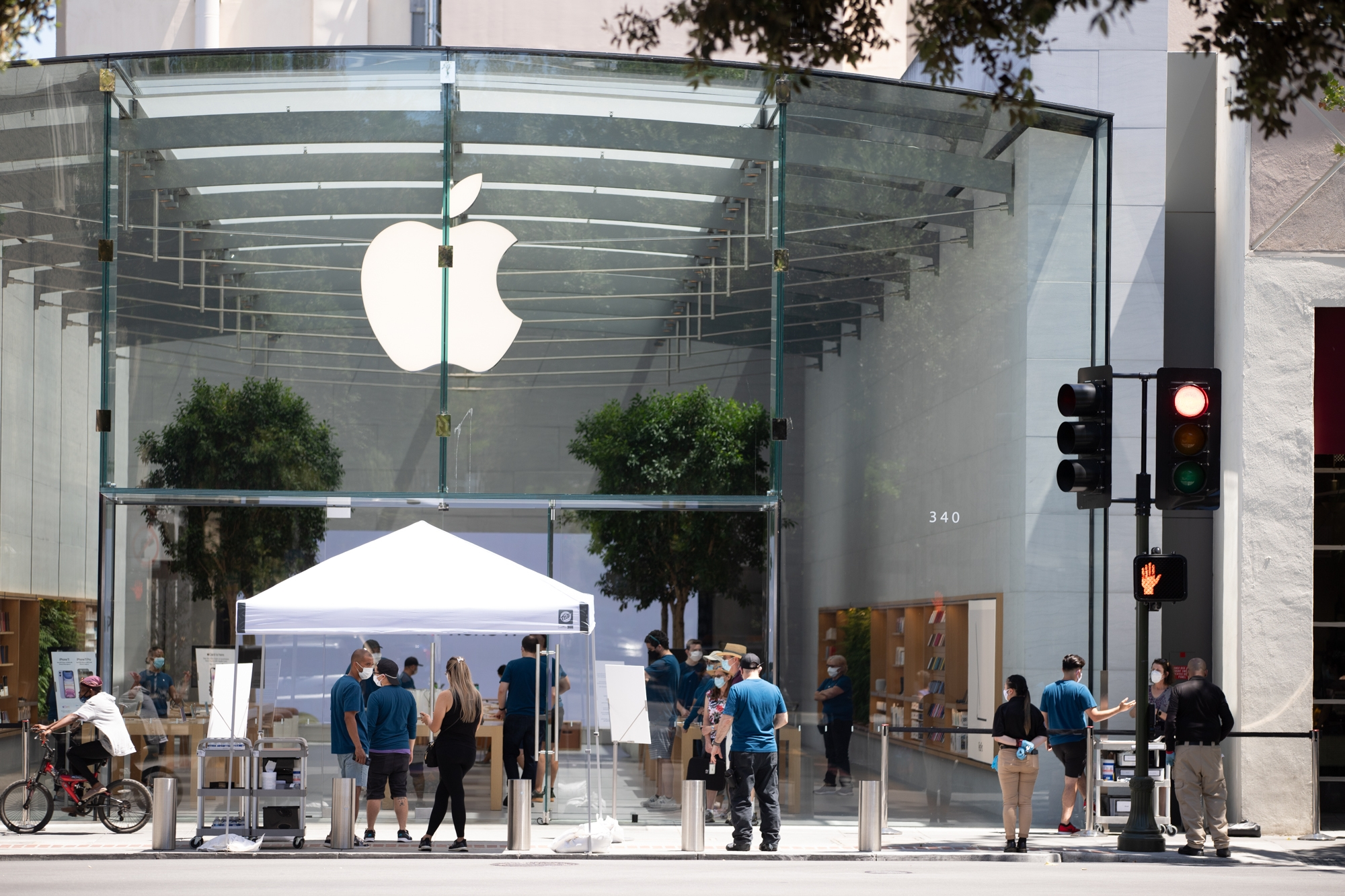 Apple To Pay $113 Million To Resolve Throttling Probe 11/19/2020